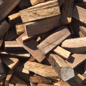 Palivové dřevo detail