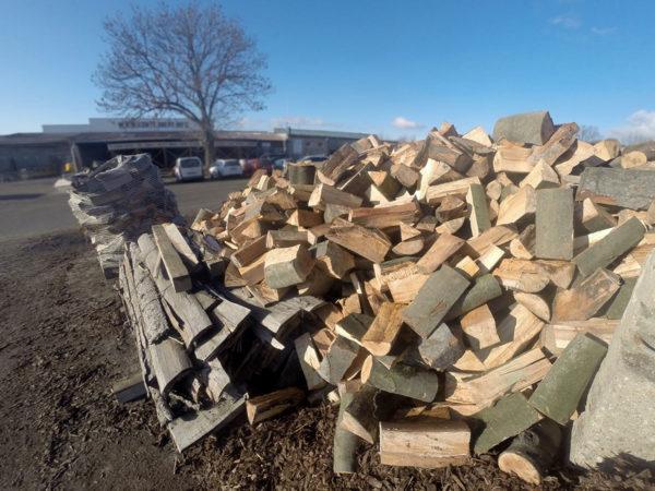 Volně ložené palivové dřevo