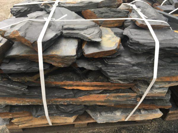 skládaná břidlice na paletě - dekorační kámen