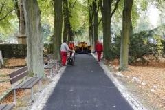 výstavba-chodníku-na-Šternberksém-hřbitově-4